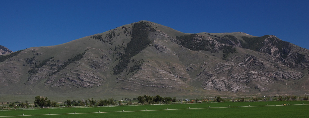 Low Mountains to right