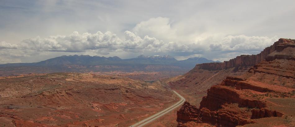 View from Gemini Bridges Road